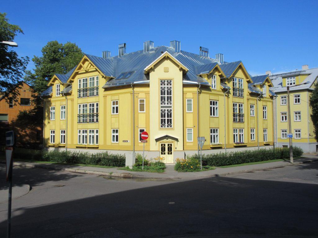 Apartment house in Tallinn 2012 small