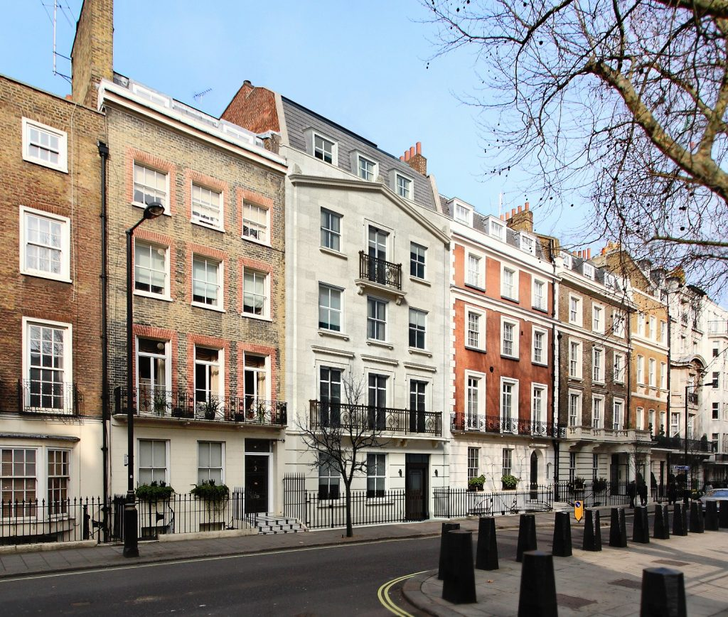 01-apartment-building-in-mayfair-small
